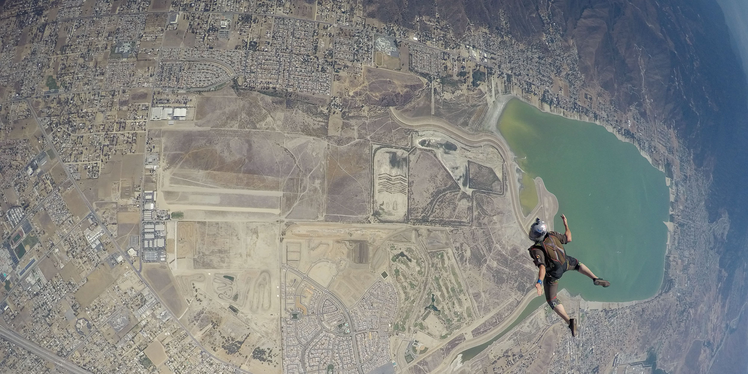 Half-and-Half-(Skydiver)-0068.jpg