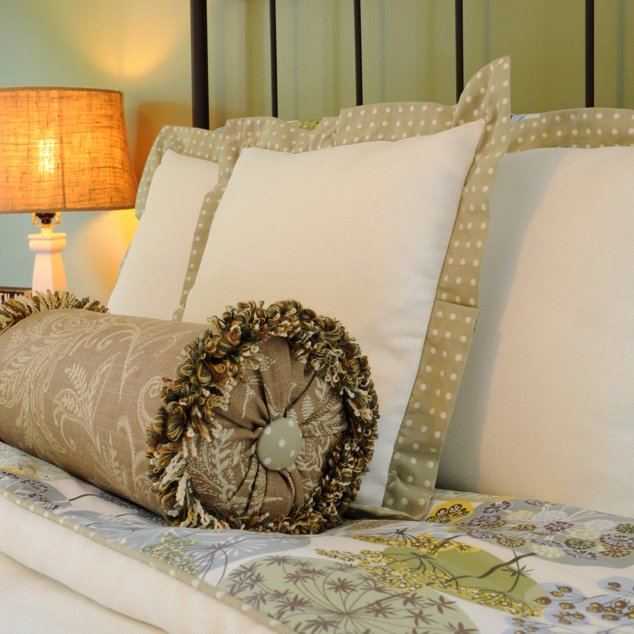 window-treatments-drapery-bedding-shades-northbrook-chicago-il-6.jpg