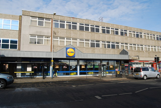 2018 looks like it's bringing good news to Edenbridge. Over Christmas we heard about plans to bring Lidl and Home Bargains to the site opposite Kewell's on the junction of Station Road and Fircroft Way.  This is a welcome proposal and would provide many jobs as well as making good use of the site and bringing much needed investment into this part of the town.  There is currently a public consultation out and you can make your views clear by e-mailing ramac@devcomms.co.uk by Monday (8 January). You can see the full document and proposals here - http://www.edenbridgetowncouncil.gov.uk/…/RAMAC-Edenbridge-…