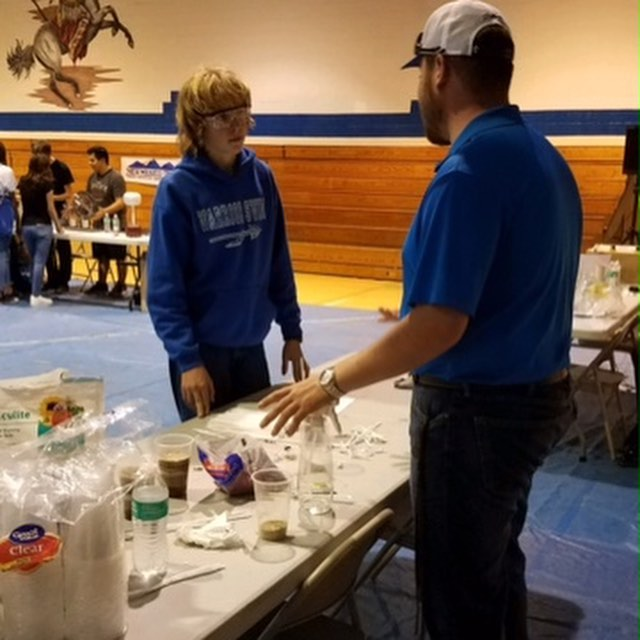 NMT SPE hosted an Energy4Me demonstration at Math and Science Night on Thursday, Sept. 20th at Sarracino Middle School. SPE did a demonstration on core sampling, and why it's so important to the oil and gas industry. We are a huge advocate for STEM, and being able to interact with kids who are our future is something we are very proud of! #NMTSPE #SPE #STEM #Energy4Me