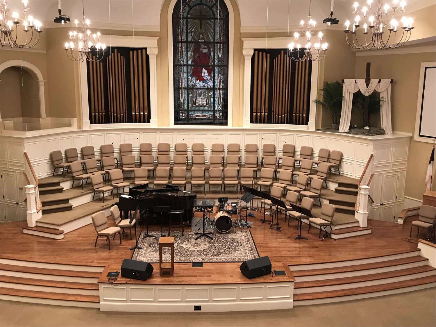 The Foutain Inn First baptist church performance stage