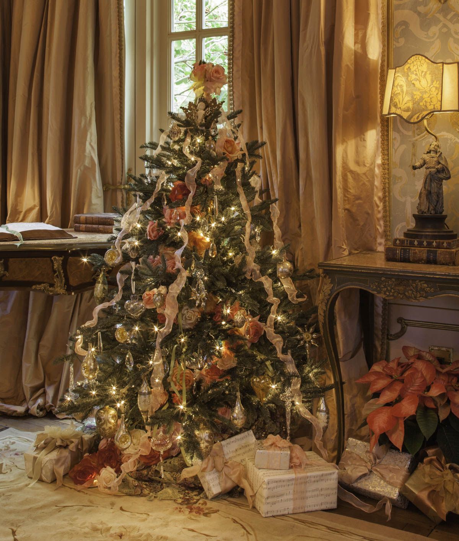 Rose Adorned Christmas Tree Holiday Design by Jennifer Chapman