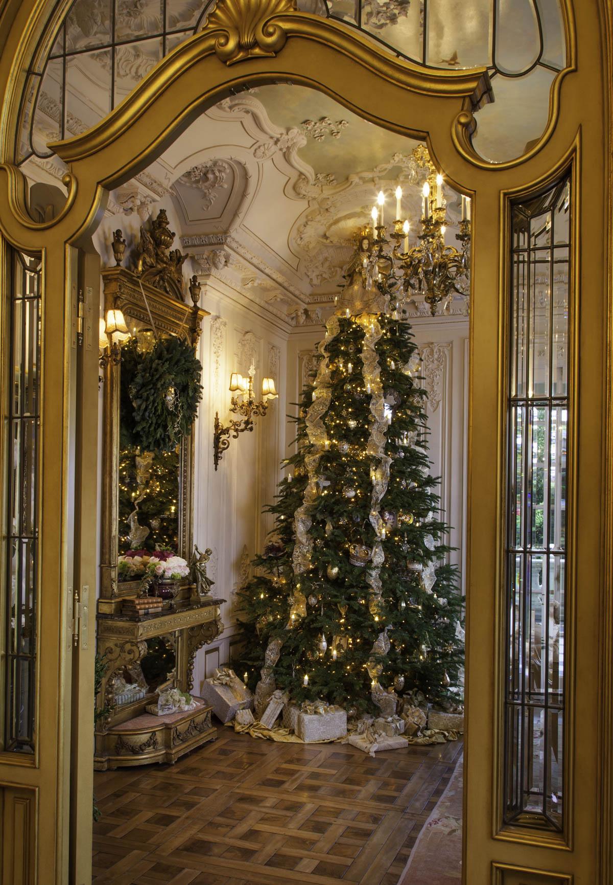Tradtional Christmas Tree Holiday Design by Jennifer Chapman
