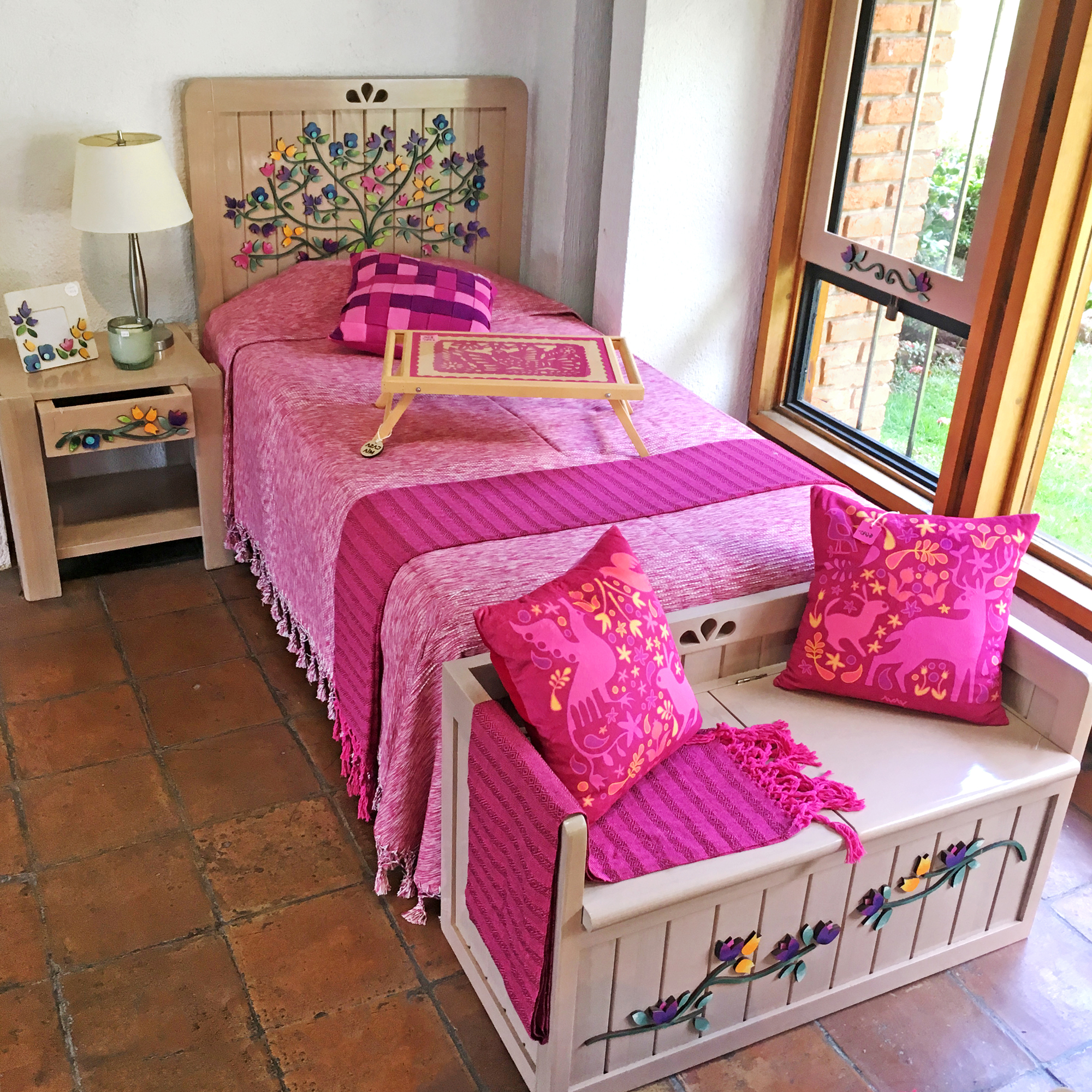 muebles-tap-recamara-flora-cama-individual.jpg