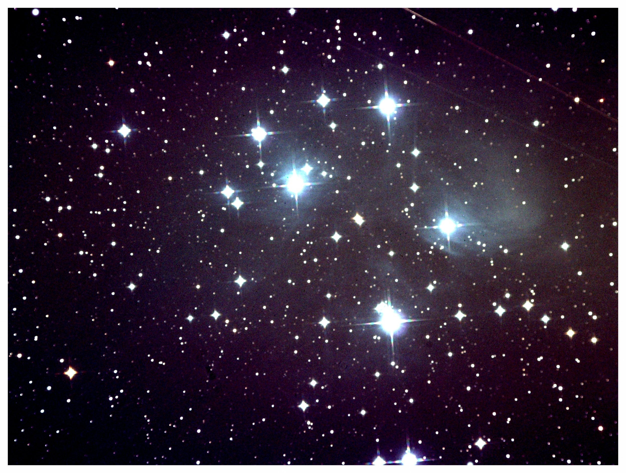pleiades 600sec stack 3 worked in Max.jpg