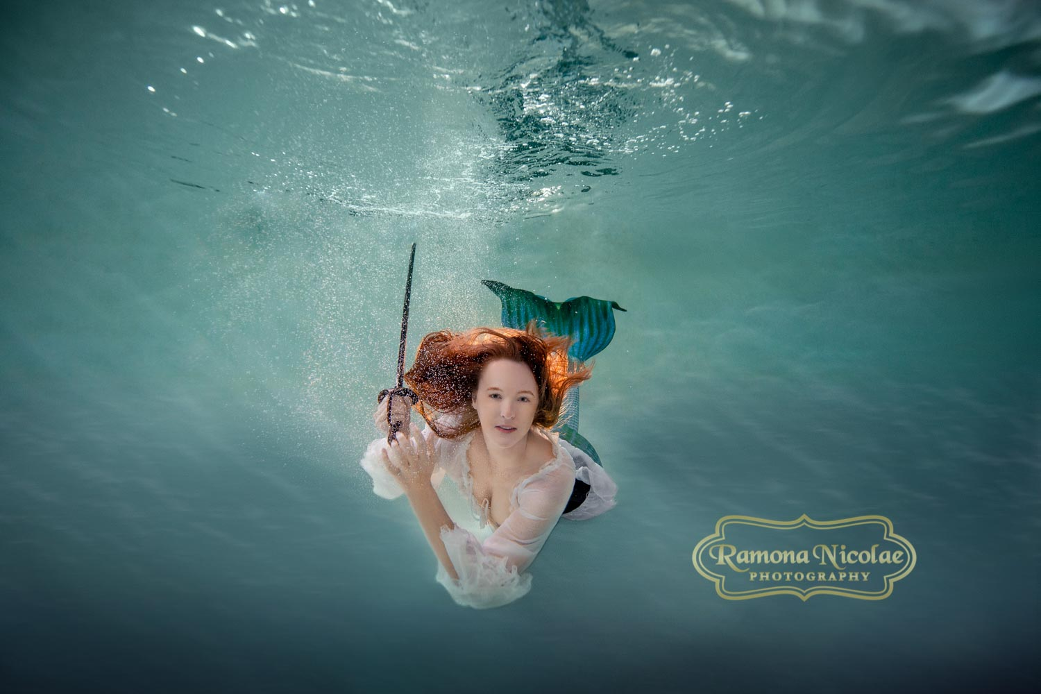 Underwater photoshoot in Myrtle Beach by Ramona Nicolae Photography