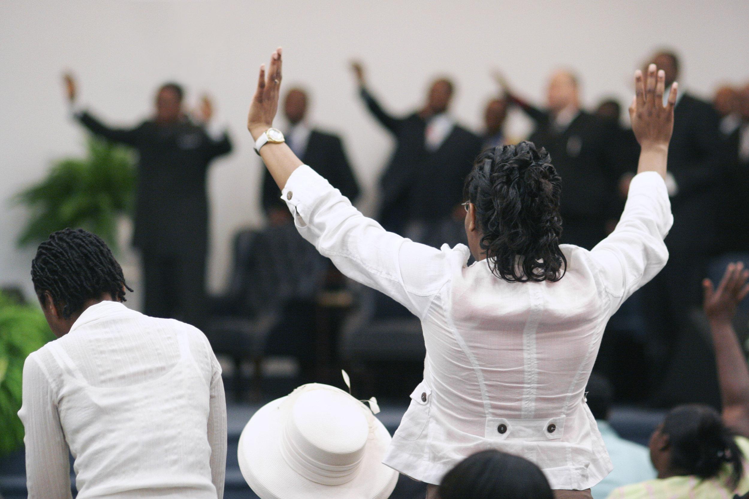 iStock-134205619 church congregation.jpg