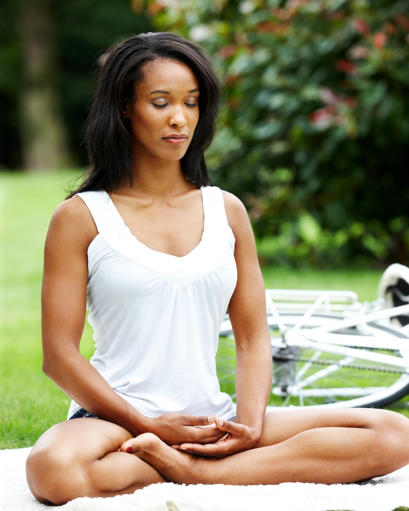 Black+Woman+Yoga.jpg