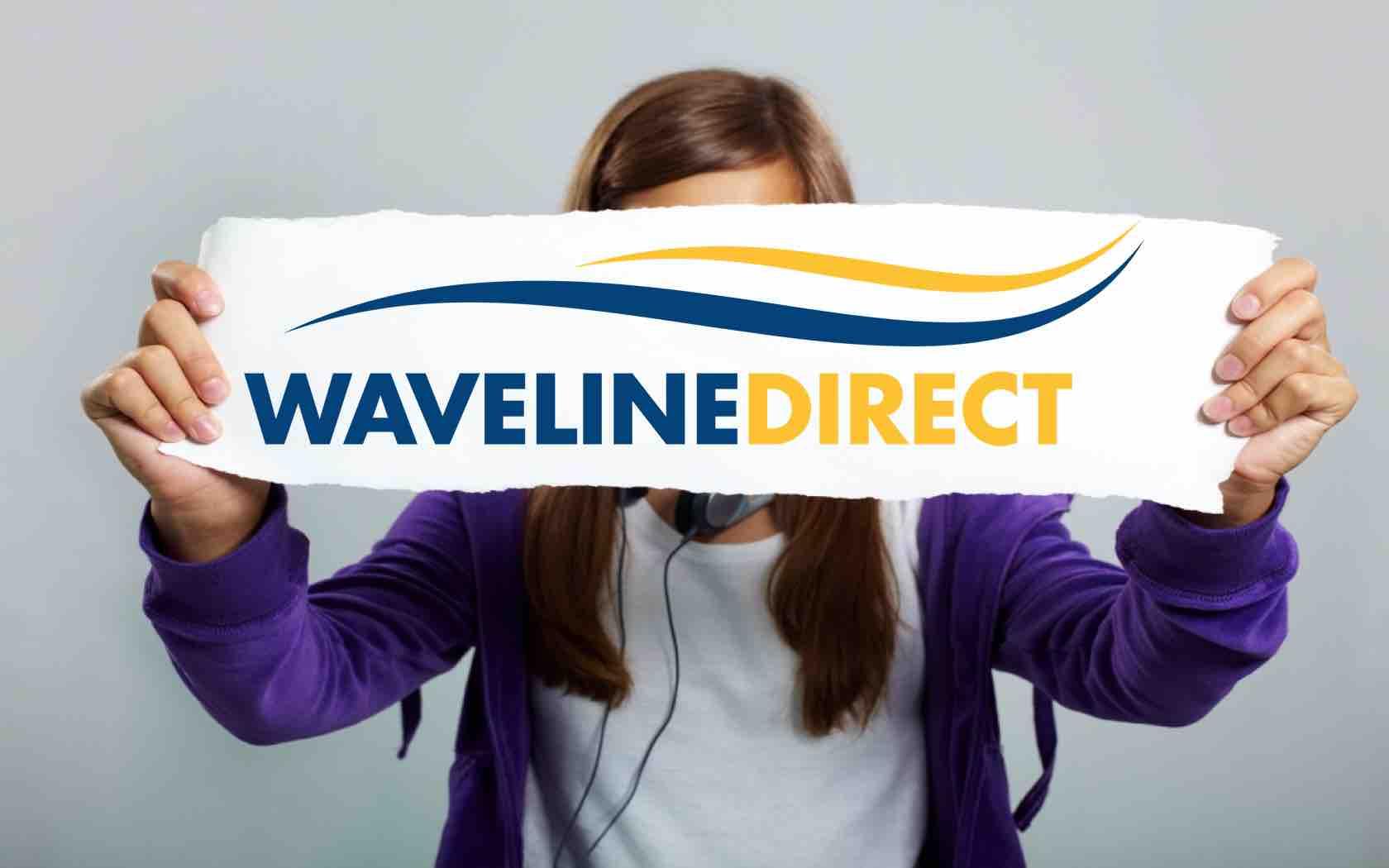 waveline girl.001.jpg