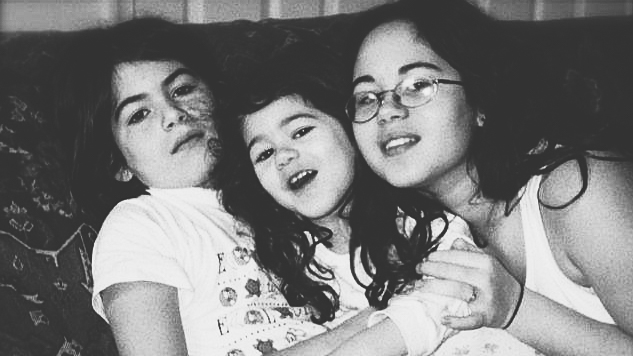 Victoria, Olivia, and Evie in 2000.