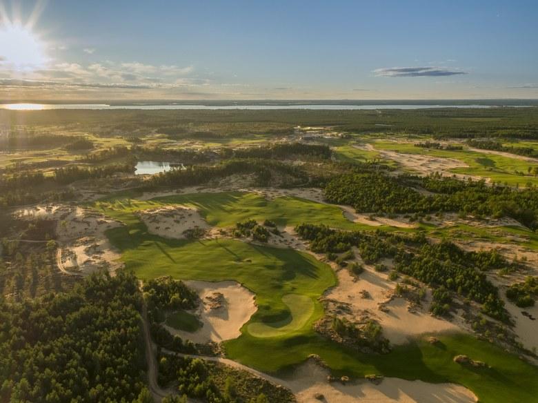 Mammoth Dunes - Golf Digest