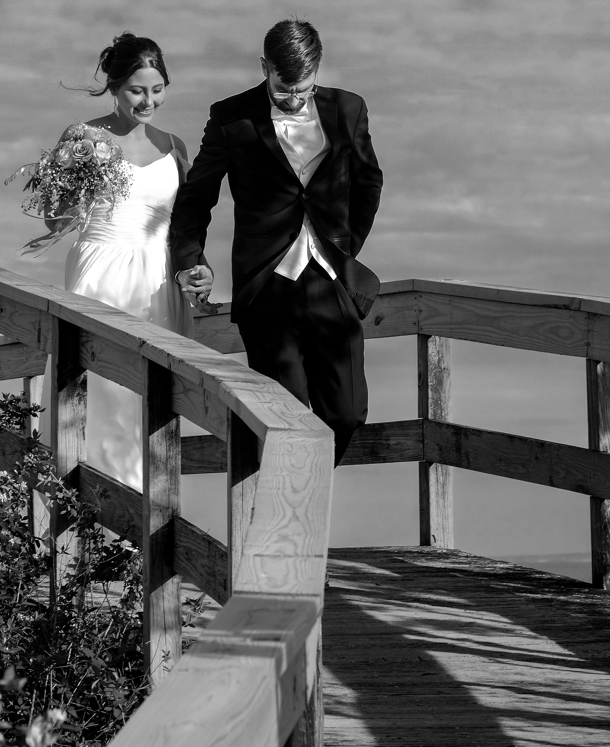 Mike+Kelly_WeddingBW_060_080217mag.jpg
