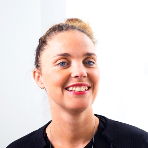 Emma Egnell   Affärsdriven Internkommunikatör, grundare av  Brand New Communication , Hej Engagemang ! och  Hej Digitalt!