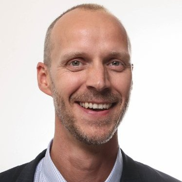 Niklas Delmar   Founder and Engaging Speaker at  Hej Engagemang!