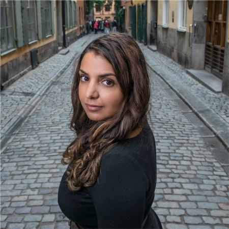 Donna Hanafi   Chief Marketing and Growth Officer at  Greta.io