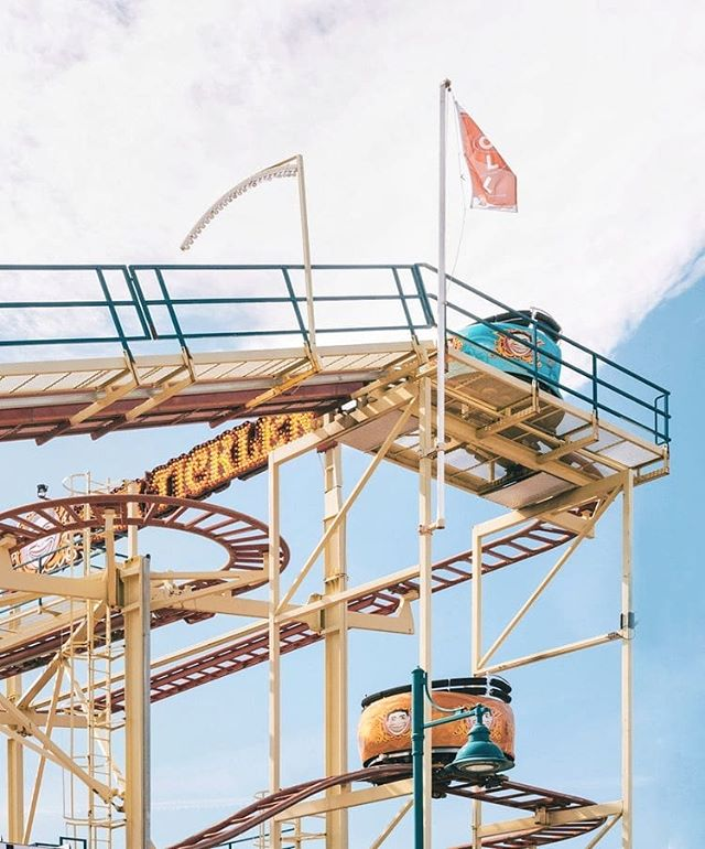 "Guys, can we all enjoy the fact that this ride in Coney Island is called ""The Tickler""? Who thinks of these things? 😂  It's basically a tilt-a-whirl (similar spinning seats) mixed with a roller coaster. So you're spinning while hitting sharp turns, dips and high speeds. Makes me queasy just thinking about it haha. But it definitely adds to the old-timey magic of Coney Island, NY. . Are you a roller coaster person? I'm definitely not lol . Learn more about Coney Island on my blog. Link in bio!"