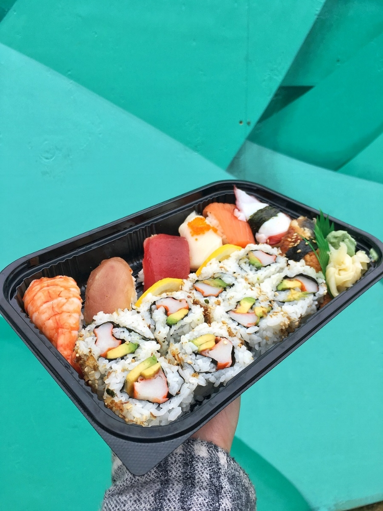 OSL food vendors are TOP NOTCH.. but I couldn't resist grabbing some sushi from a local poke store close by.