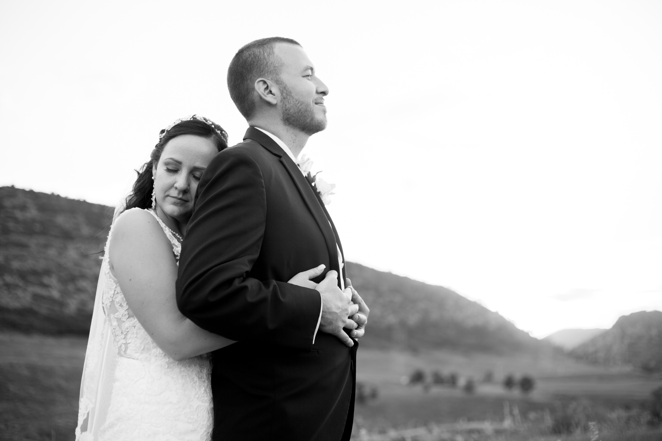Stephanie & Zachary by Julia S-478.jpg
