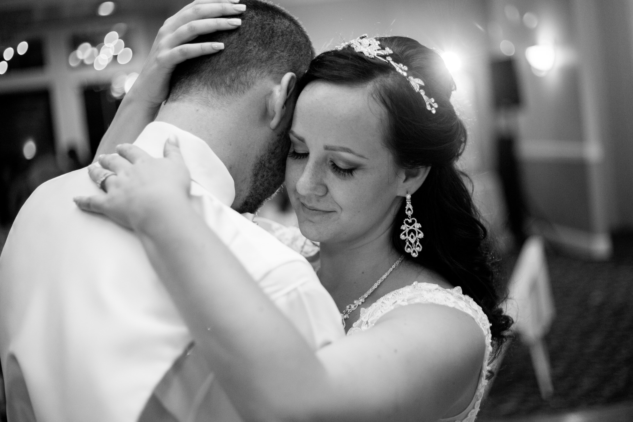 Stephanie & Zachary by Julia S-557.jpg