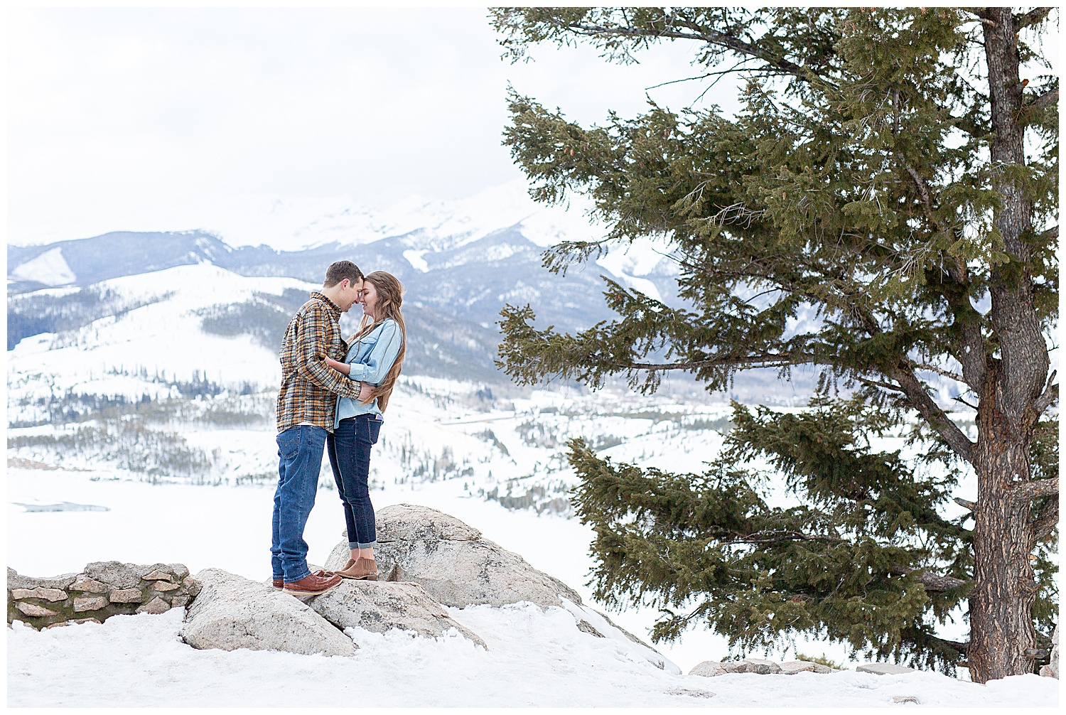 Winter-Breckenridge-Colorado-Engagement-Session_0023.jpg