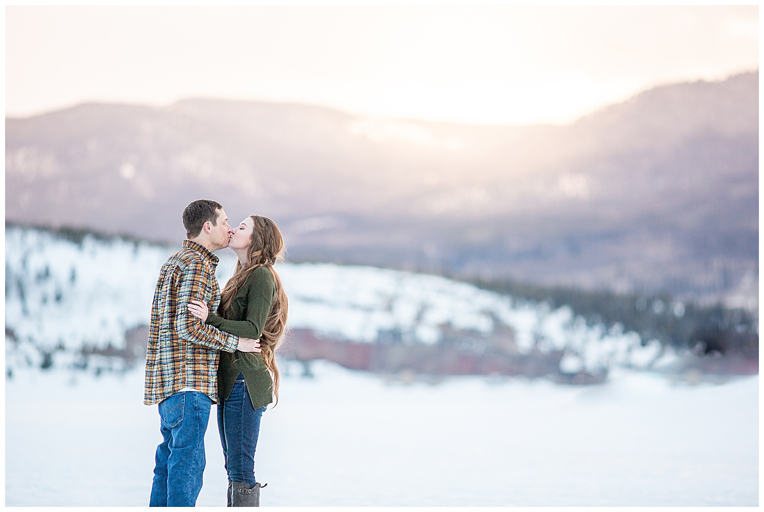 Winter-Breckenridge-Colorado-Engagement-Session_0034.jpg