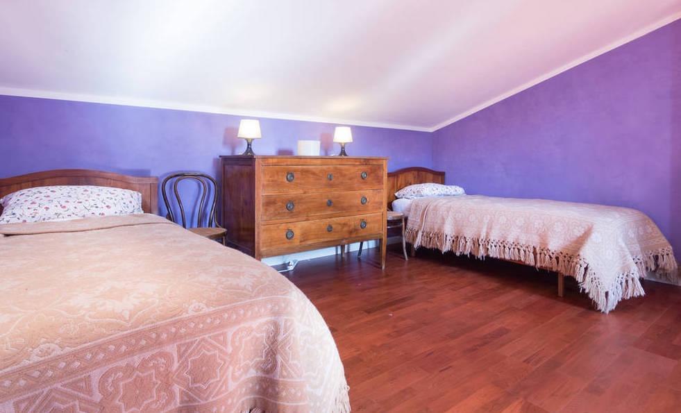 bedroom+violet+torri.jpg