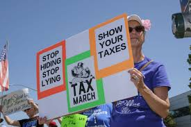 'Show your taxes' protesters urge Trump - Gina Kim, SM Times - April 15, 2017