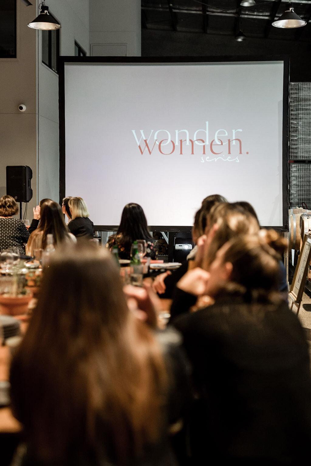 WomanbyAR-28.jpg