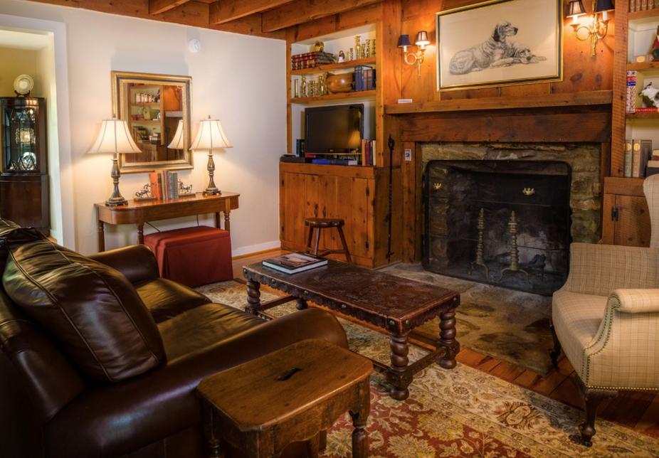 Inn at Mt Vernon Farm Cabin 1.jpg
