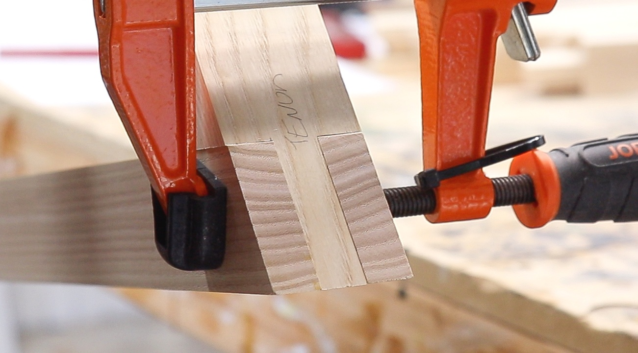 Angled Bridle Joint