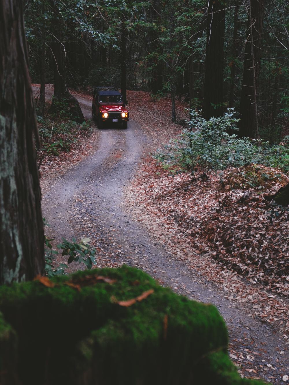 Land_Rover-Defender-Cookwilltravel-Huckberry.jpg