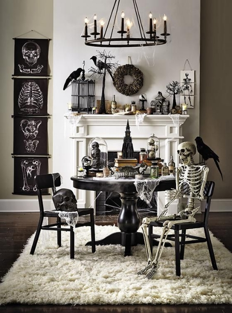 62cd192f12c7bc50478a88631521c41e--chic-halloween-decor-spooky-halloween-decorations.jpg