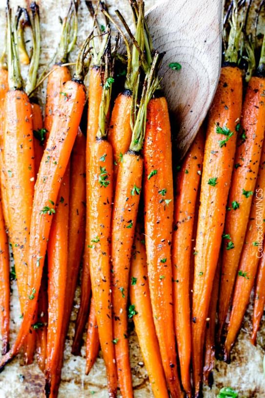 Honey-Garlic-Roasted-Carrots-10.jpg