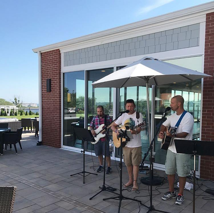 Live Weekend Music on the Patio