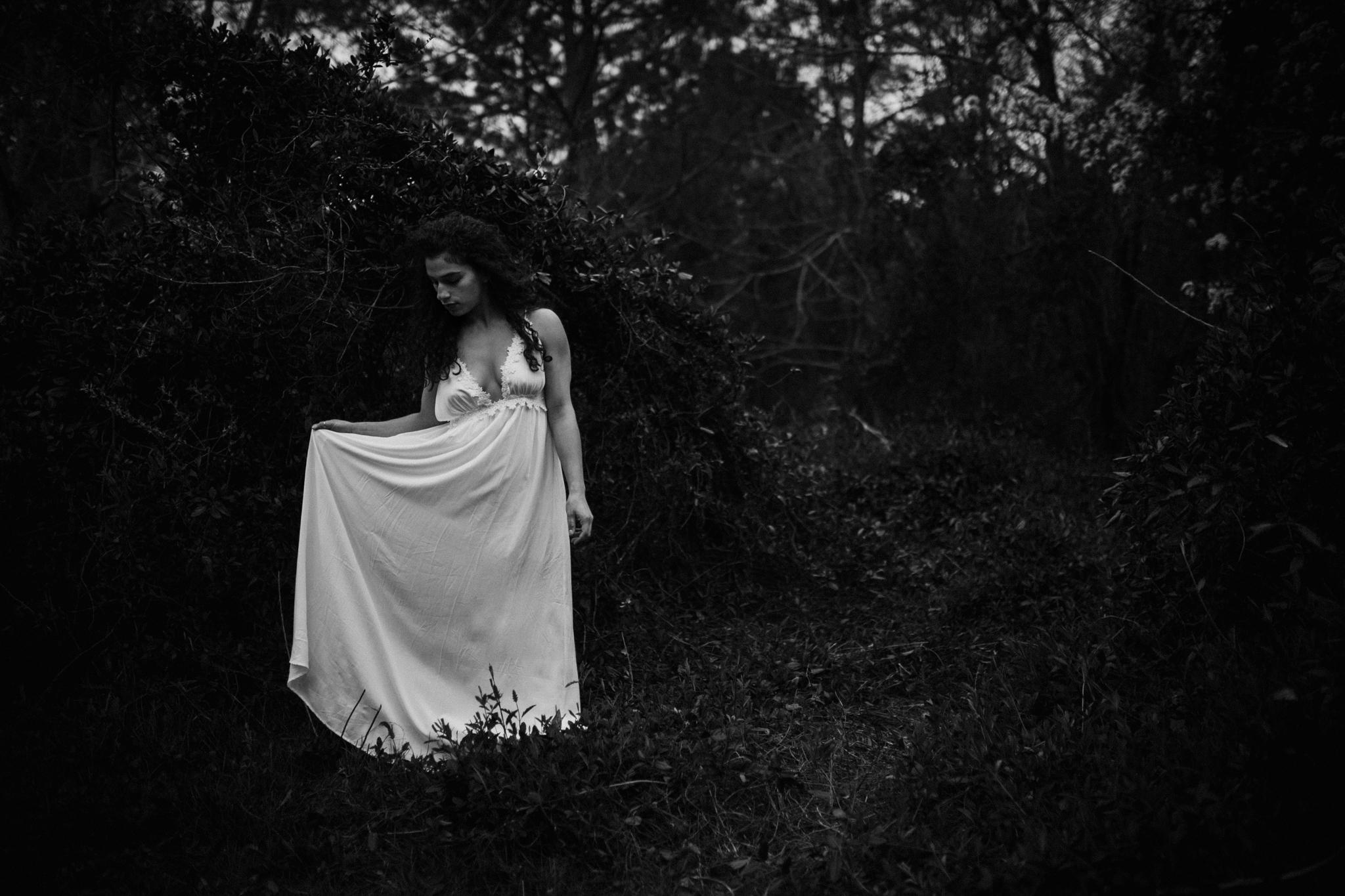 Jessica.VirginiaBeach.Virginia.Boudoir.emotivestorytelling-13.JPG