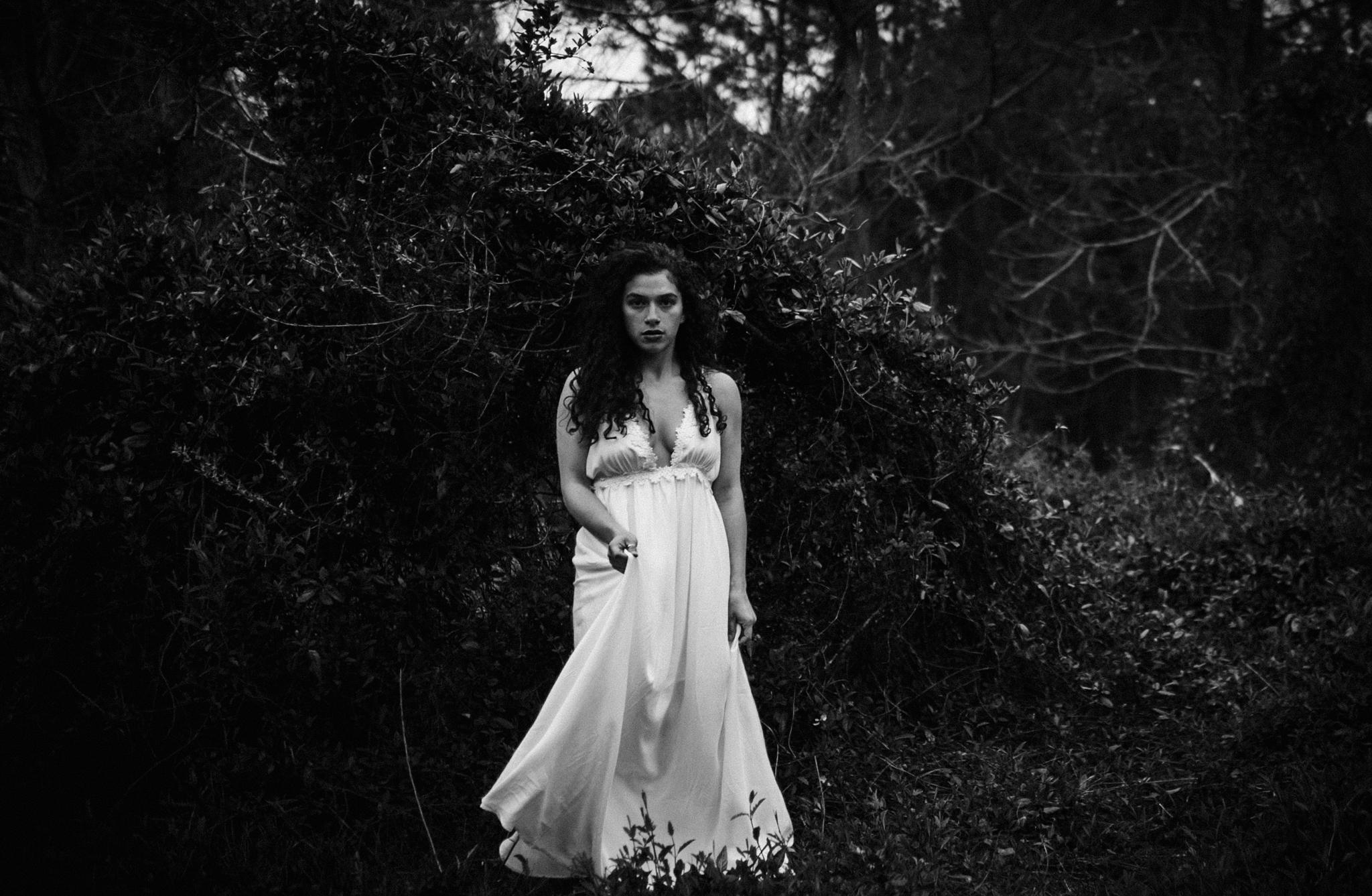 Jessica.VirginiaBeach.Virginia.Boudoir.emotivestorytelling-14.JPG