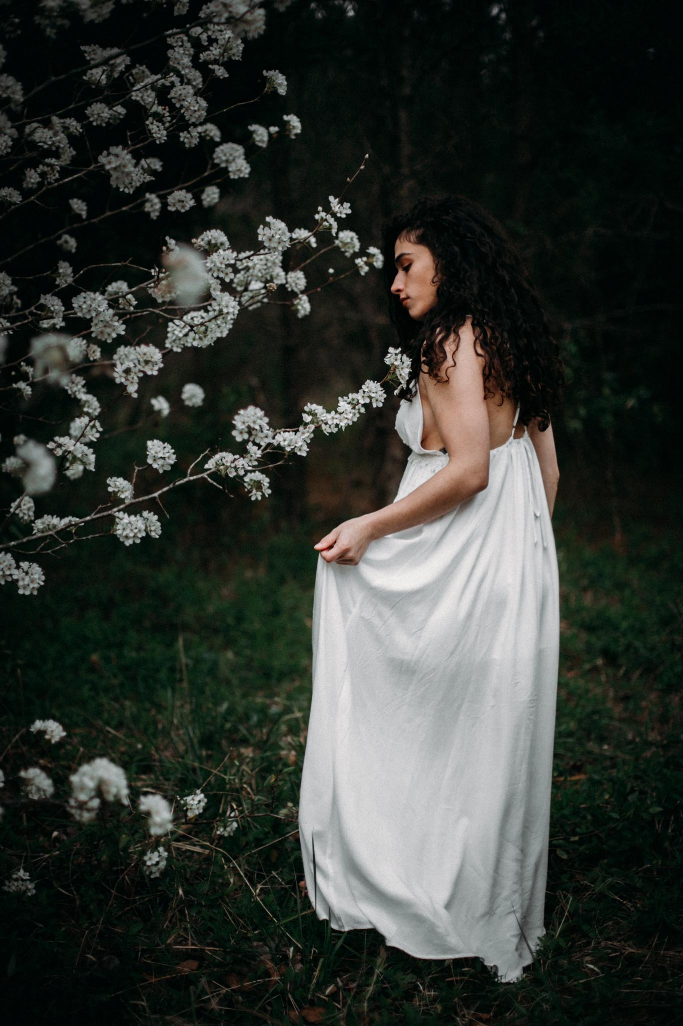 Jessica.VirginiaBeach.Virginia.Boudoir.emotivestorytelling-36.JPG