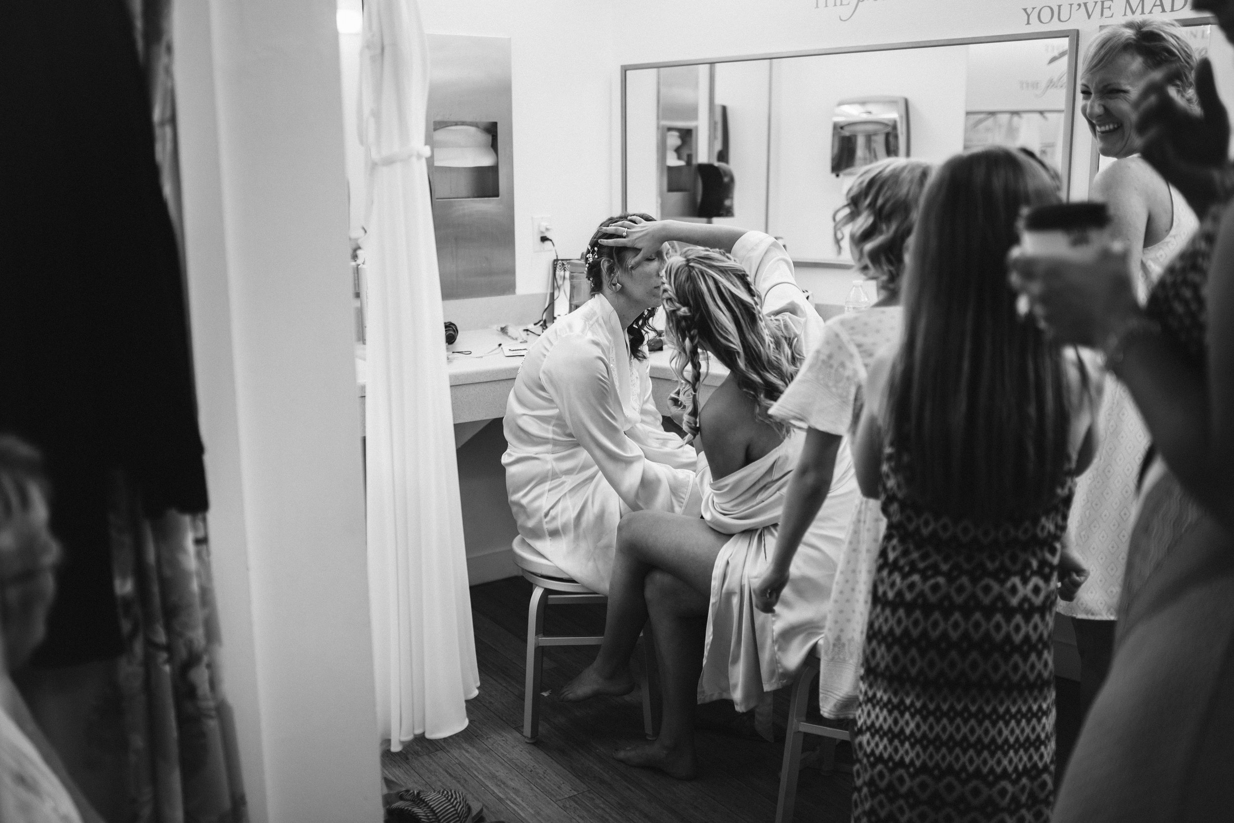 susanandkennethdorswitt.virginiaMOCA.virginiabeach.virginia.rebeccaburtphotography.art.wedding-18.jpg
