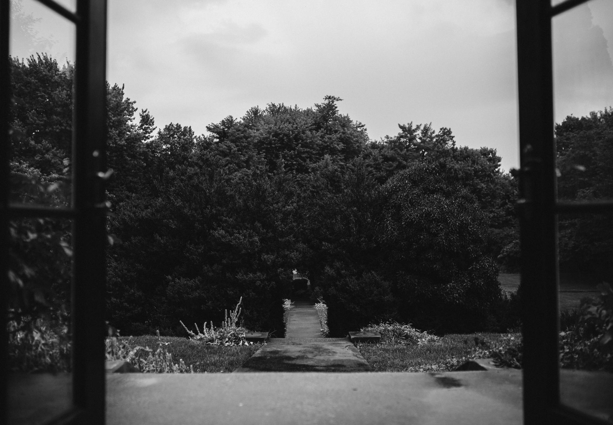 rebeccaburtphotography.raspberryplainmanor.leesburgweddingphotographer-25.JPG