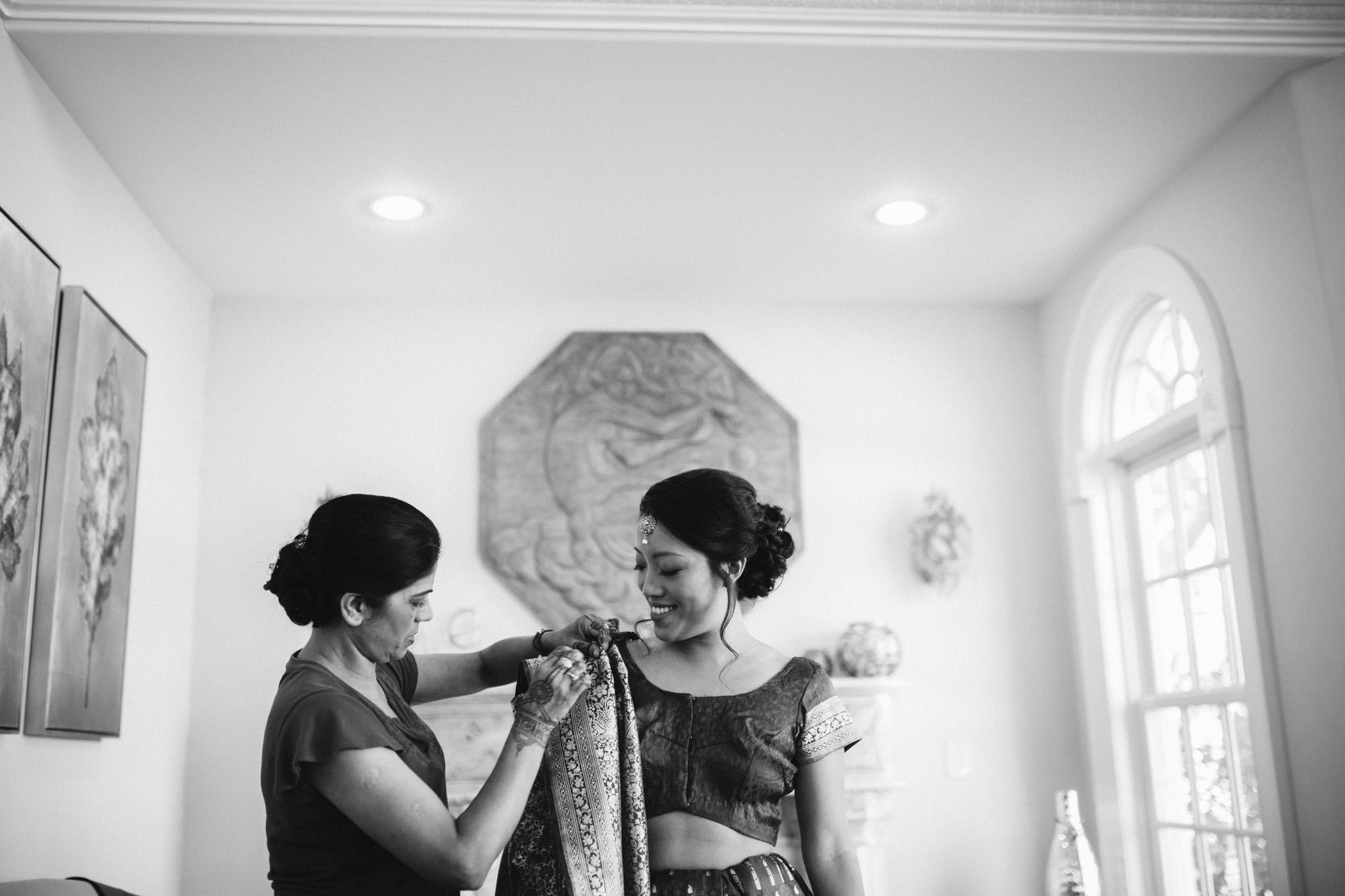rebeccaburtphotography.hindiwedding.moraisvineyards.virginiawedding-22.JPG