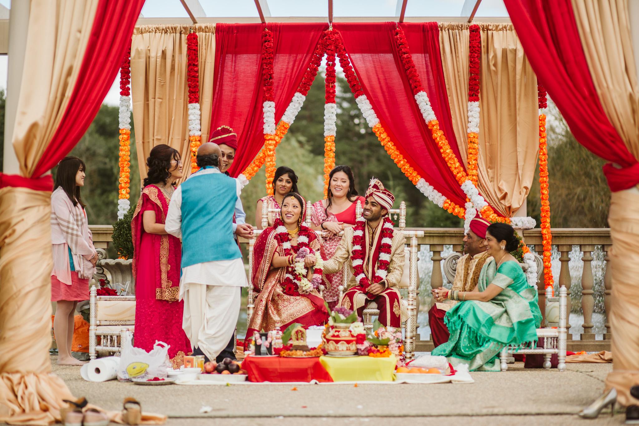 rebeccaburtphotography.hindiwedding.moraisvineyards.virginiawedding-132.JPG