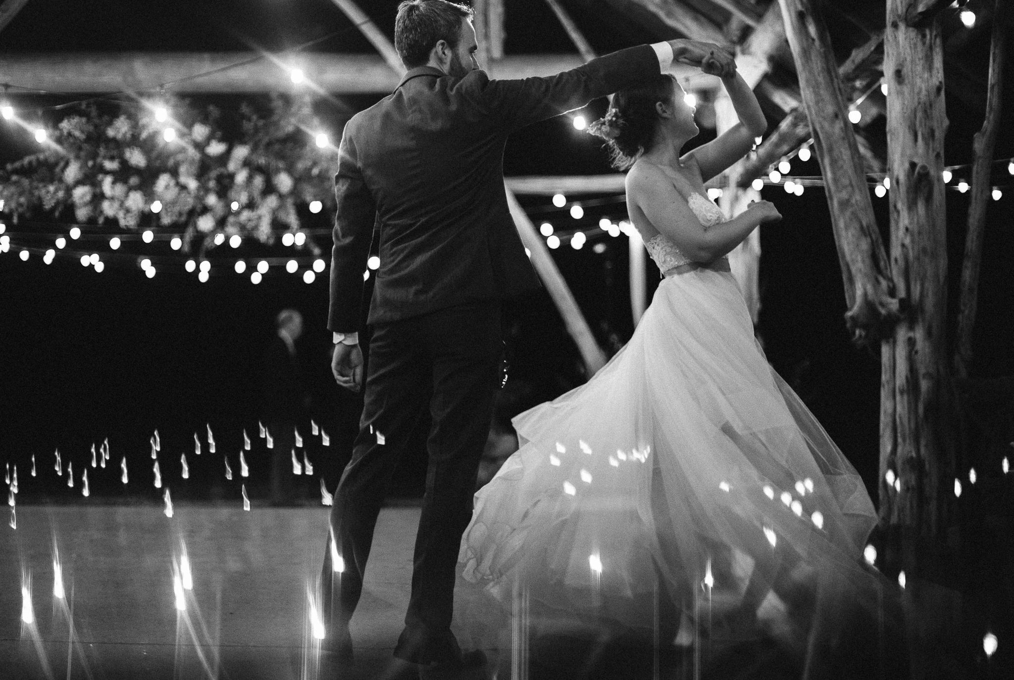 Wollam_gardens_wedding82.JPG