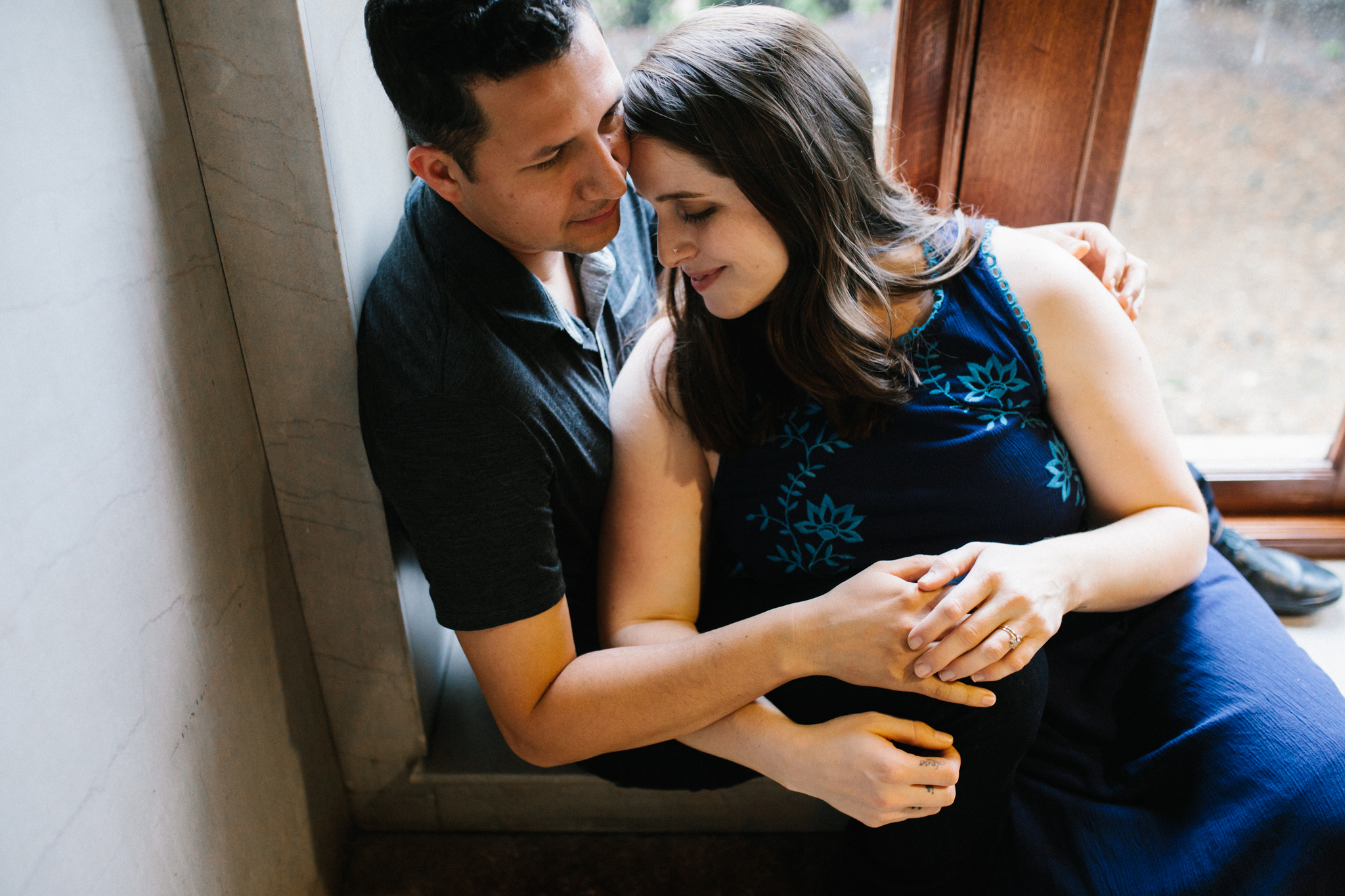 rachel_alex_richmond_engagement_session_mainstreetstation_rebeccaburtphotography-3.jpg