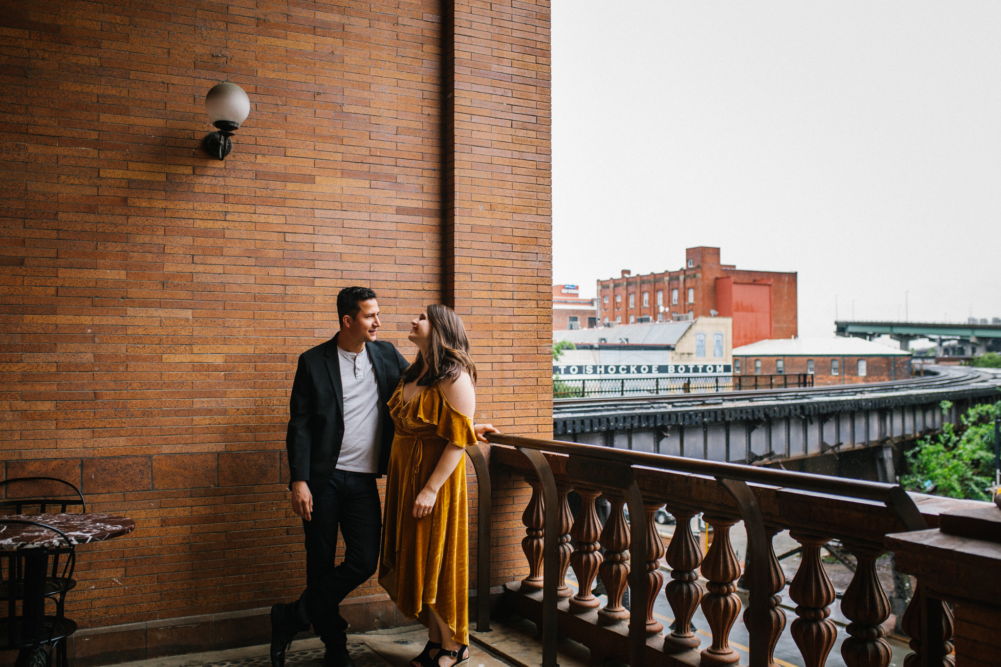 rachel_alex_richmond_engagement_session_mainstreetstation_rebeccaburtphotography-18.jpg