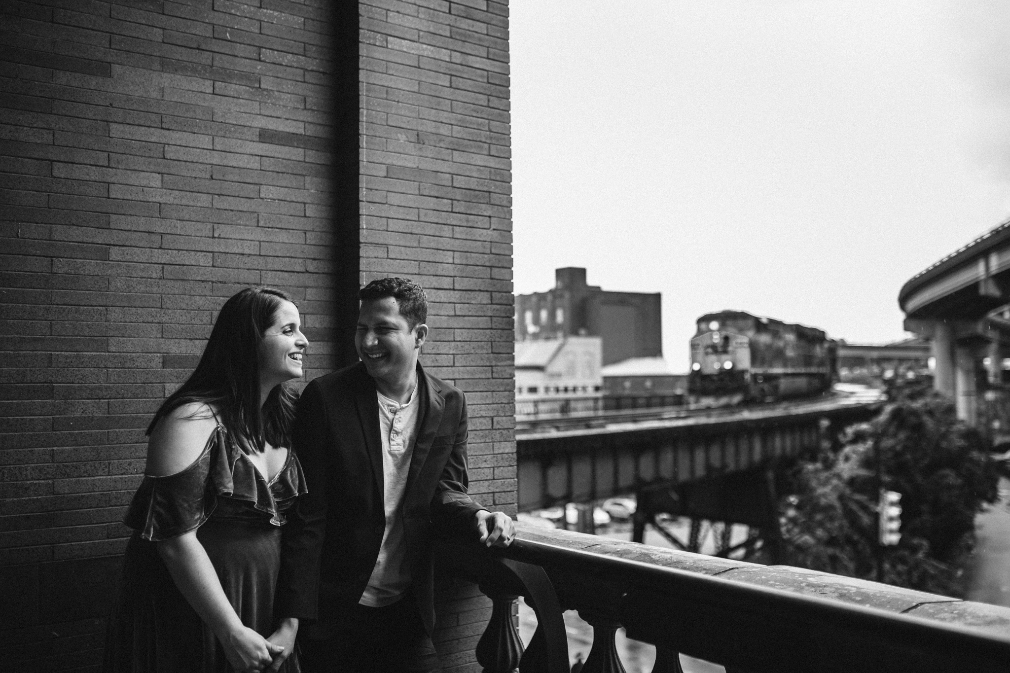 rachel_alex_richmond_engagement_session_mainstreetstation_rebeccaburtphotography-33.jpg