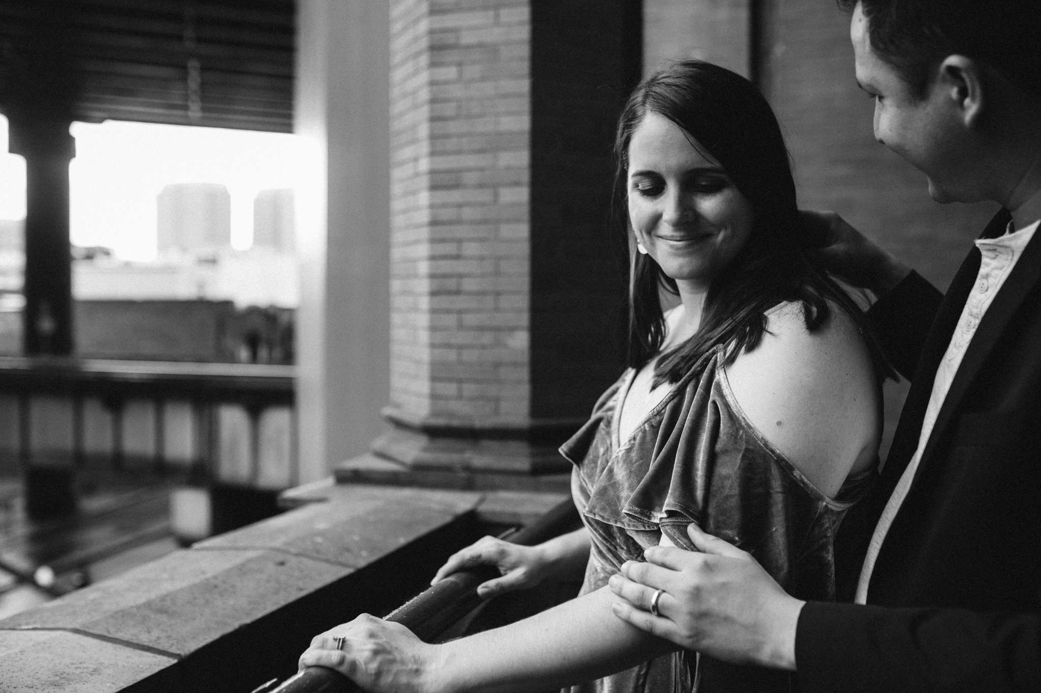 rachel_alex_richmond_engagement_session_mainstreetstation_rebeccaburtphotography-42.jpg