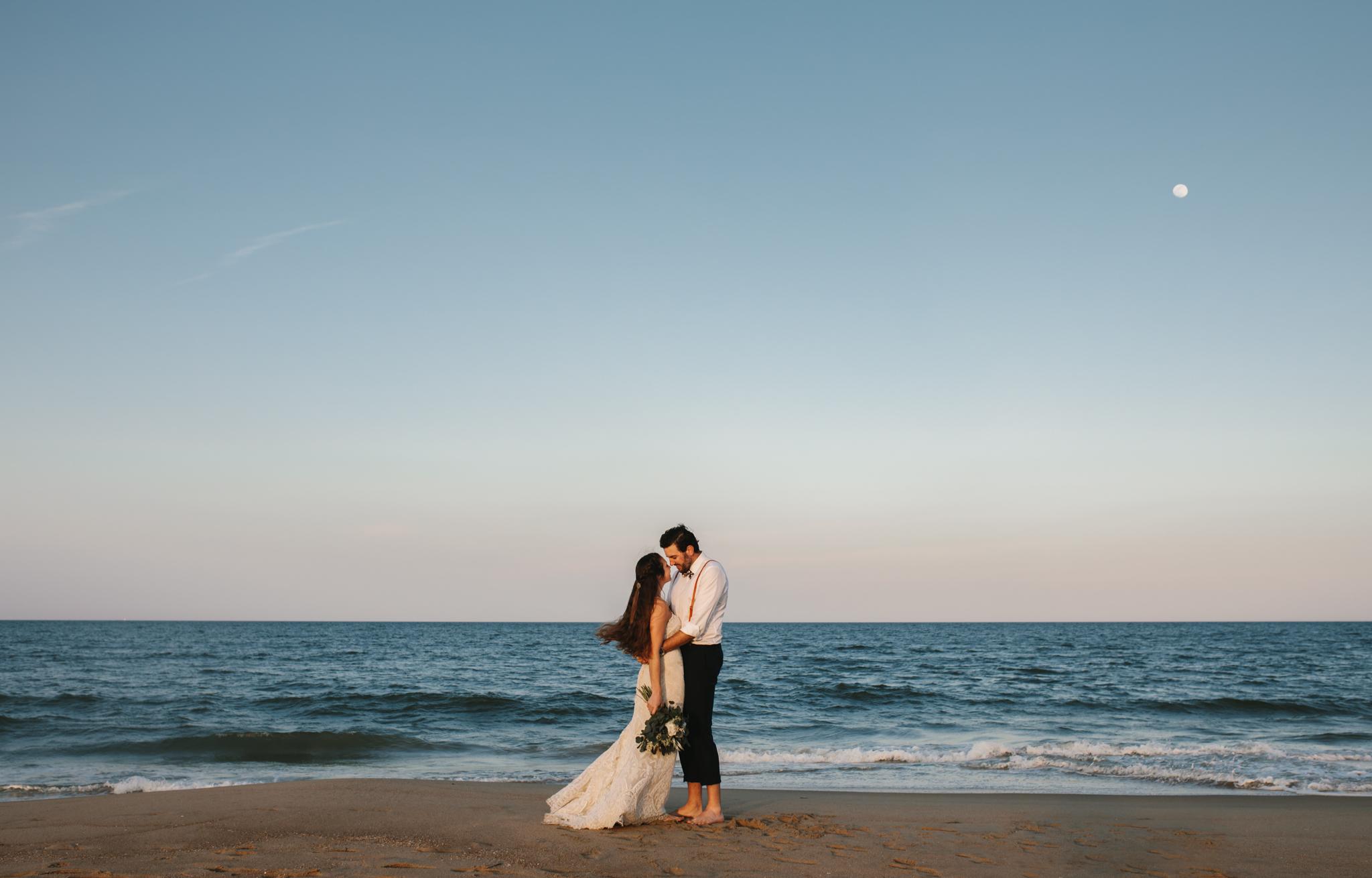 anniversary_virginia_beach_oceanfront_rebeccaburtphotography-29.jpg