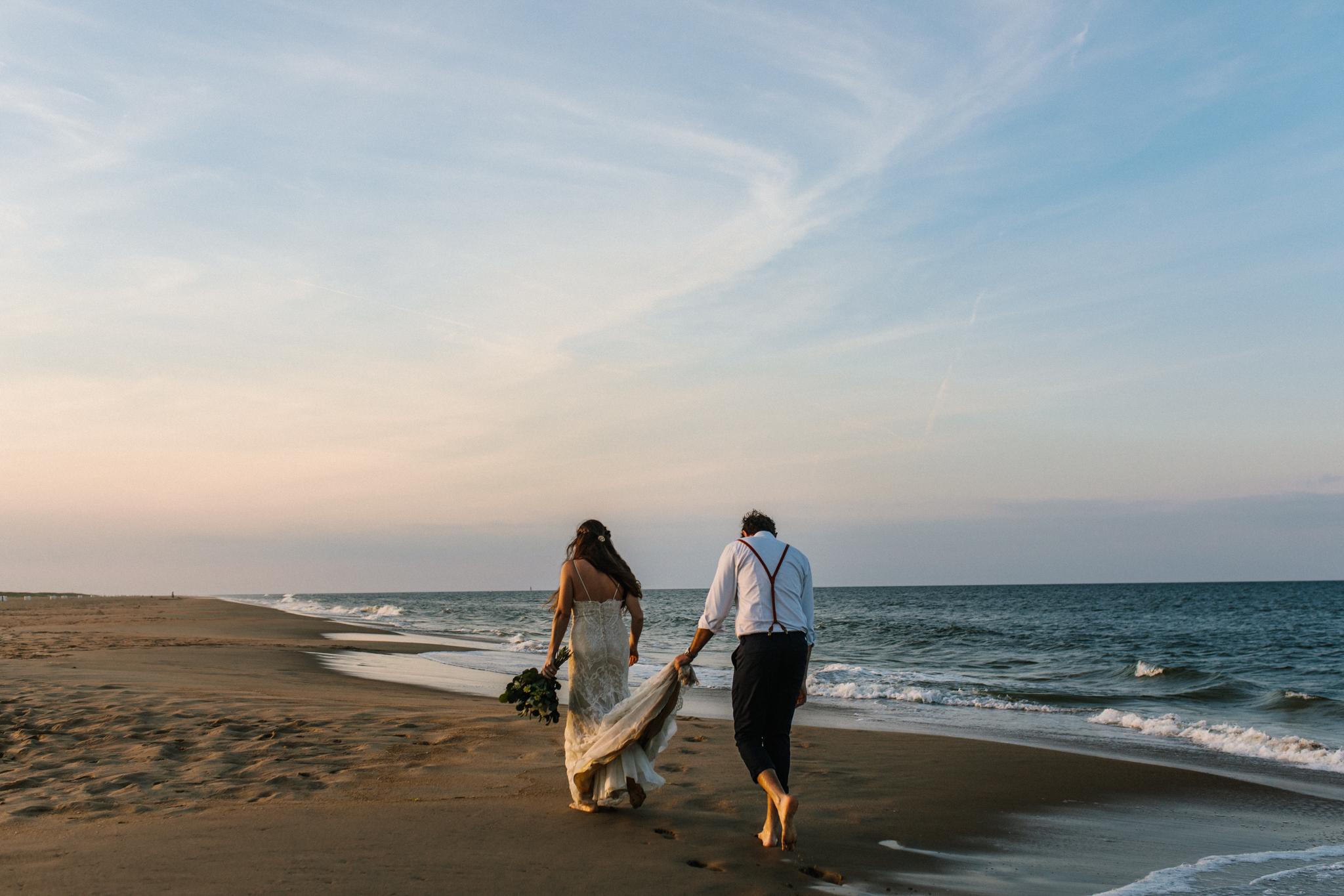 anniversary_virginia_beach_oceanfront_rebeccaburtphotography-54.jpg