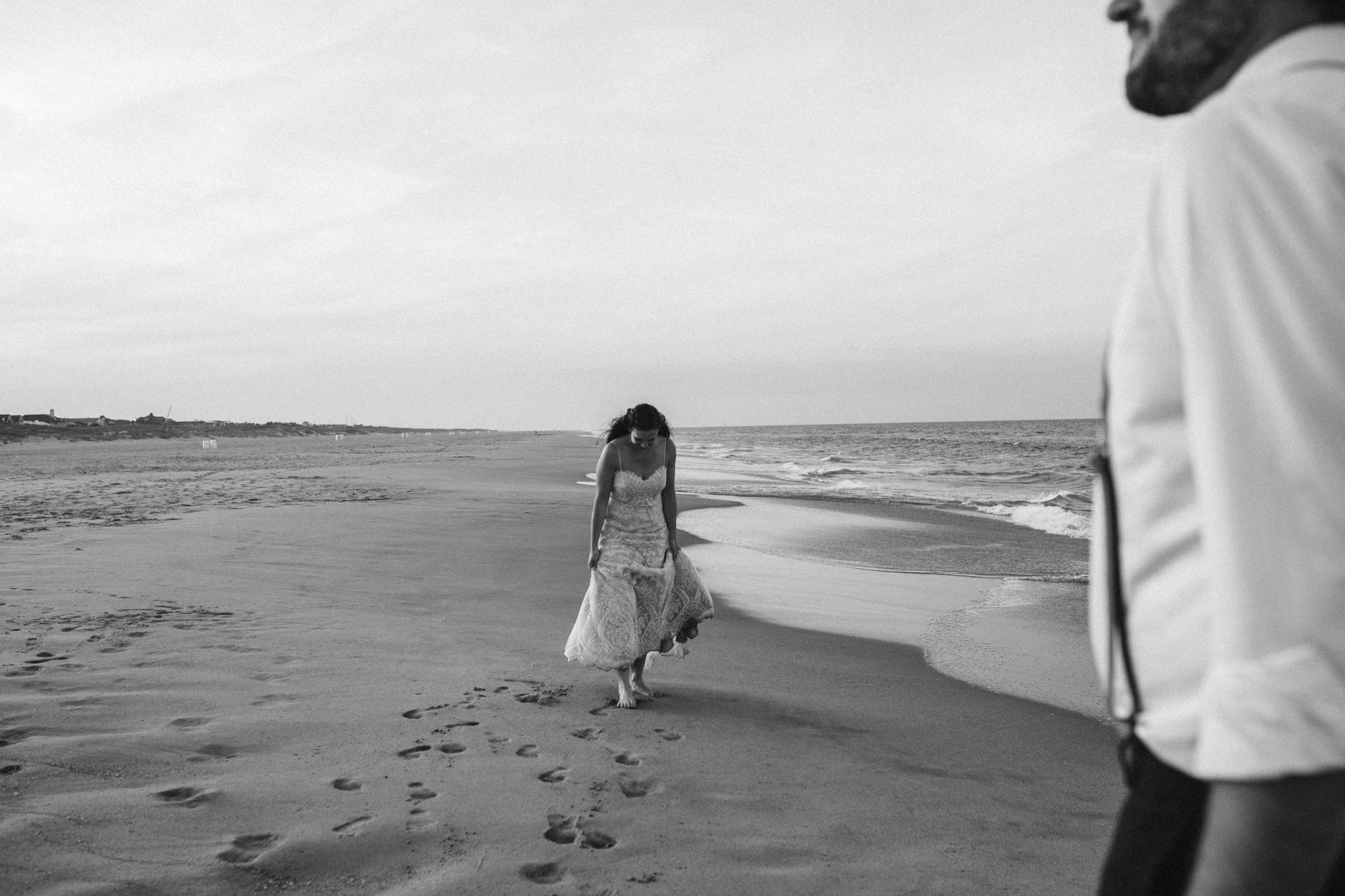 anniversary_virginia_beach_oceanfront_rebeccaburtphotography-75.jpg