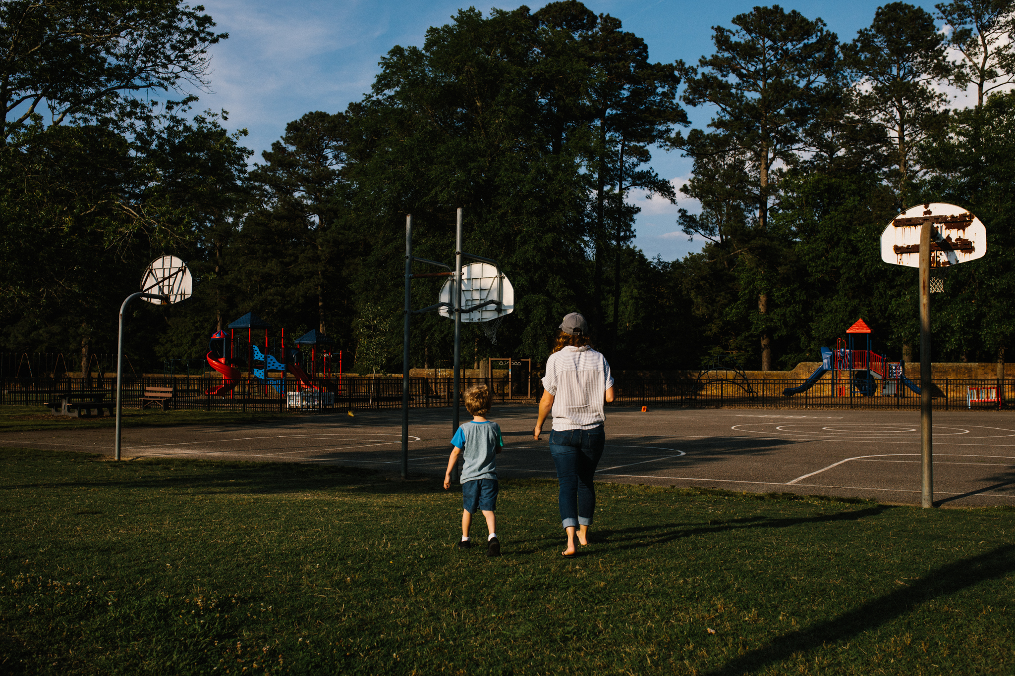 Nicoleandjack_colonialwilliamsburg_mommyandme_meadowsfrozencustard-28.jpg